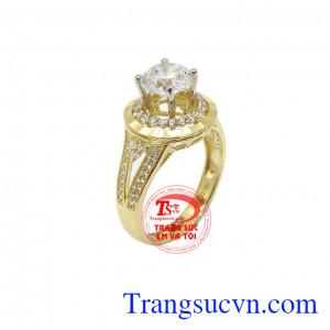 Nhẫn nữ vàng xinh xắn là sản phẩm được chế tác từ vàng 10k, nhập khẩu từ Korea