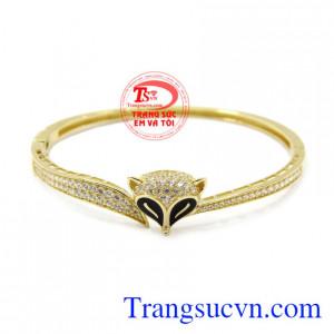 Vòng tay vàng hồ ly Korea vàng 10k chất lượng, xinh xắn phù hợp cho những cô nàng thích sự đáng yêu.
