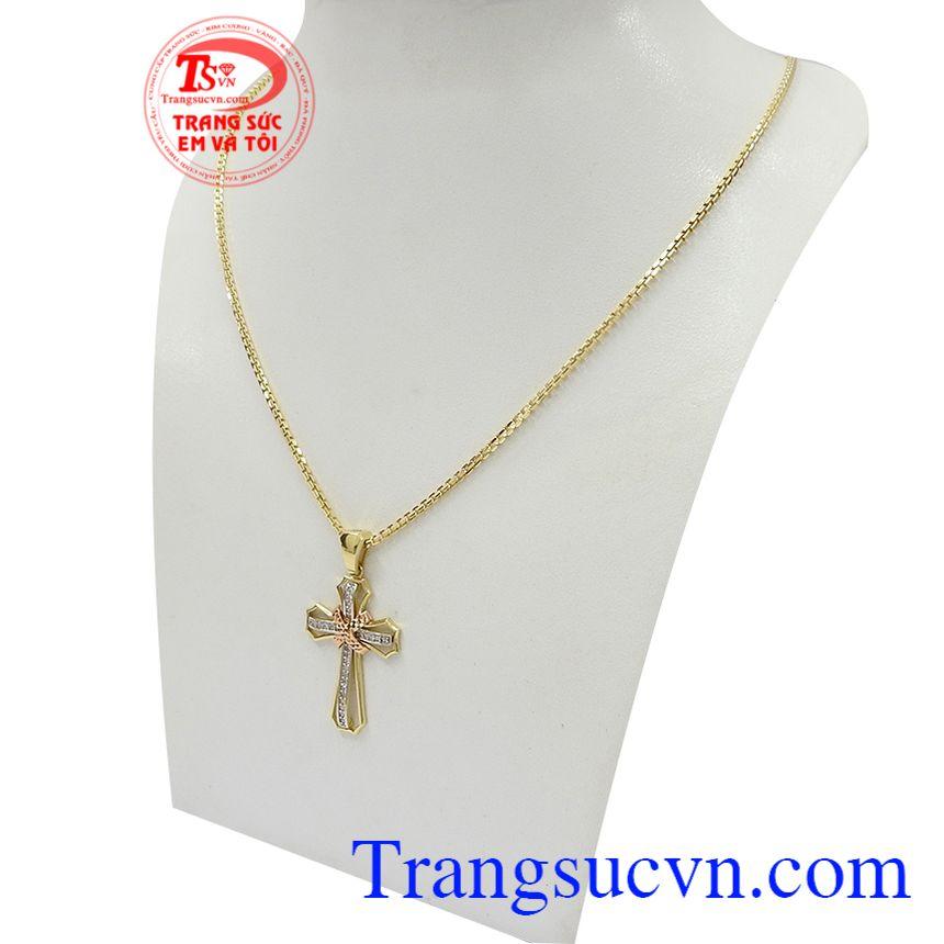 Bộ dây chuyền thánh giá bình an phù hợp cho cả nam và nữ với mặt dây thánh giá có tác dụng mang lại bình an, may mắn và tránh được những tà khí tiêu cực cho người đeo