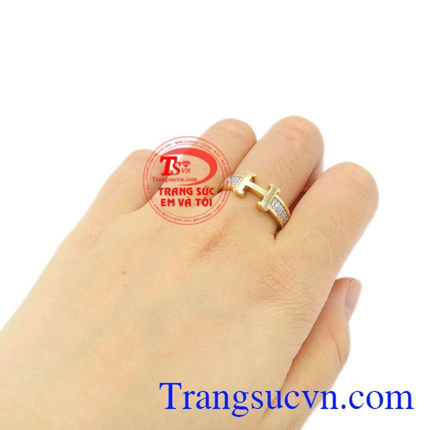 Nhẫn vàng chữ H đẹp vàng 18k xinh xắn giao hàng trên toàn quốc.