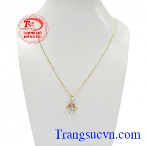 Bộ dây vàng nữ tinh tế mang đến vẻ đẹp vừa dịu dàng vừa cá tính cho người đeo,Bộ dây vàng nữ tinh tế