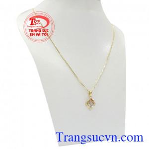 Bộ dây vàng nữ tinh tế được chế tác tinh xảo và thời thượng với kiểu dáng thời trang từ vàng 18k chất lượng cao,Bộ dây vàng nữ tinh tế