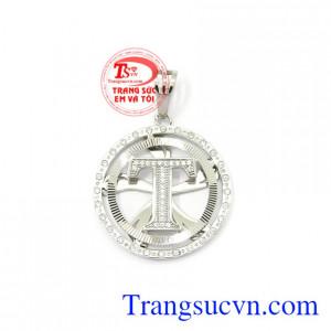 Mặt dây nam chữ T vàng trắng 10k được nhập khẩu từ Korea đem lại vẻ sang trọng, đẳng cấp cho phái mạnh.