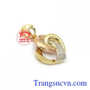 Mặt dây nữ trái tim tinh tế 18k phù hợp nhiều loại dây chuyền và phong cách thời trang đa dạng