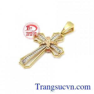 Mặt thánh giá vàng bình an 18k còn có tác dụng trong việc cầu nguyện mang lại may mắn, chống lại những luồng khí tiêu cực cho người đeo