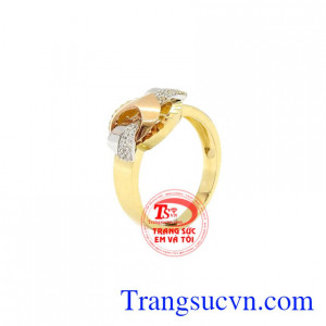Nhẫn nữ vàng thời thượng vàng 18k được chế tác công nghệ 3D Korea chất lượng.