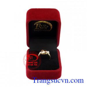 Nhẫn nữ vàng thời thượng