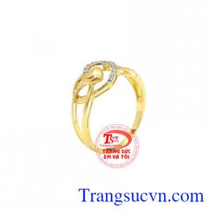 Nhẫn nữ vàng trái tim đẹp