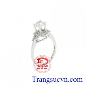 Nhẫn nữ vàng trắng ấn tượng