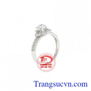 Nhẫn nữ vàng trắng ngôi sao lấp lánh được chế tác tinh tế, công nghệ 3D Italy.