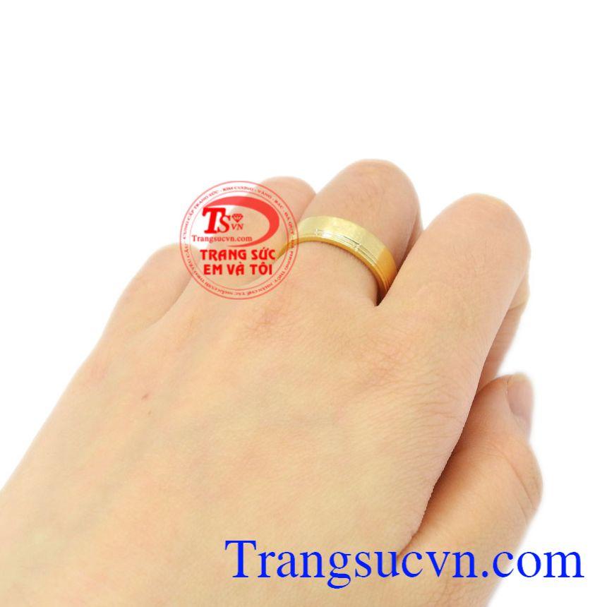 Nhẫn cưới vàng trơn 10k chất lượng.