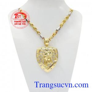 Bộ trang sức sư tử dũng mãnh là sản phẩm kết hợp từ dây chuyền và mặt dây thiết kế độc đáo,Bộ trang sức sư tử dũng mãnh
