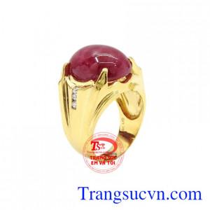 Nhẫn nam vàng Ruby thiên nhiên