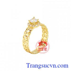 Nhẫn nữ kim tiền xinh xắn