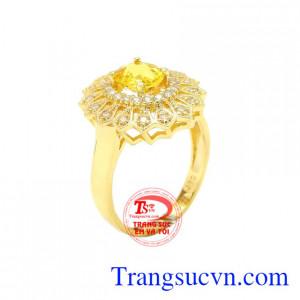 Nhẫn nữ Sapphire vàng sang trọng