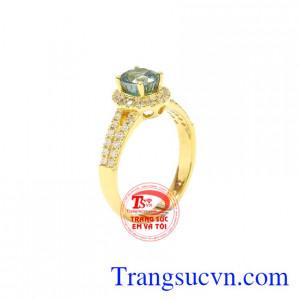 Nhẫn nữ vàng Zircon đẹp