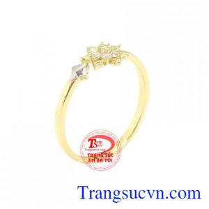 Nhẫn nữ vàng hoa tuyết