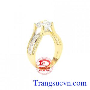 Nhẫn nữ vàng nổi bật
