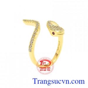 Nhẫn nữ vàng tuổi Tỵ