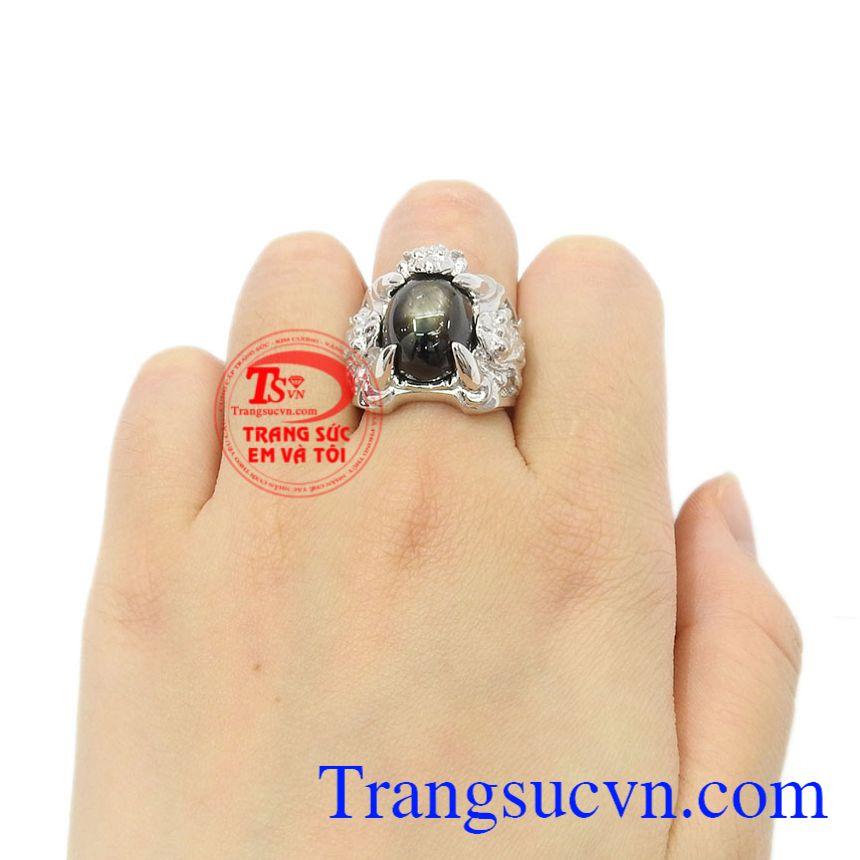 Nhẫn bạc Sapphire sao danh vọng