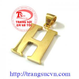 Mặt Chữ H Vàng