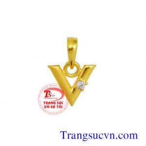 Mặt dây chữ V