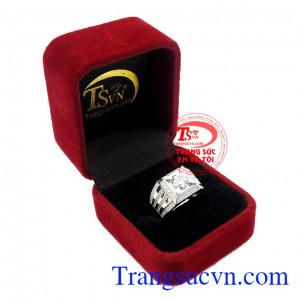 Sản phẩm thích hợp làm quà tặng cho người thân và bạn bè,Nhẫn nam vàng trắng công danh