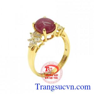 Nhẫn nữ ruby sao tỏa sáng