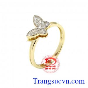 Nhẫn nữ vàng màu hồ điệp