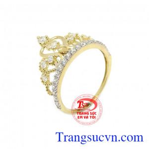 Nhẫn nữ vàng màu vương miện