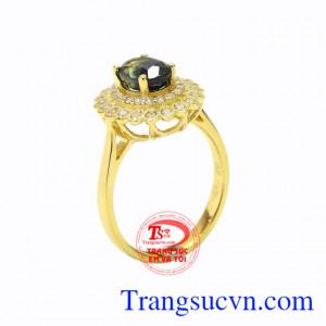 Nhẫn nữ vàng sapphire duyên dáng