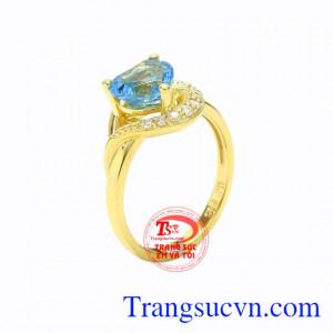 Nhẫn nữ vàng Topaz trái tim