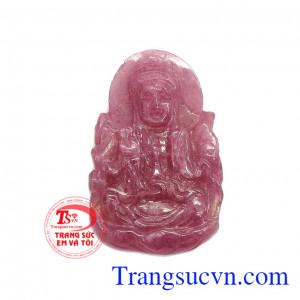 Phật ngọc ruby bình yên