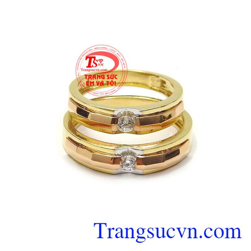 Nhẫn cưới hạnh phúc an yên là dòng sản phẩm rất được ưa chuộng, giá cả hợp lý, giao hàng toàn quốc