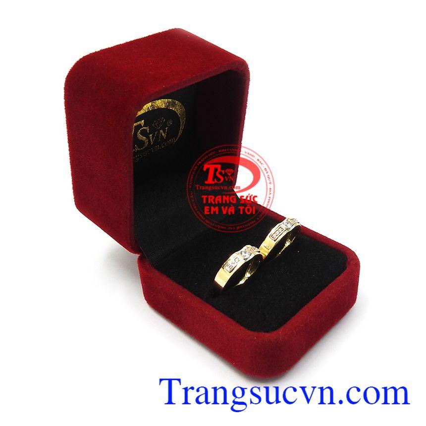 Nhẫn cưới tình yêu viên mãn chất lượng cao, là dòng sản phẩm được các cặp đôi đặc biệt ưa chuộng