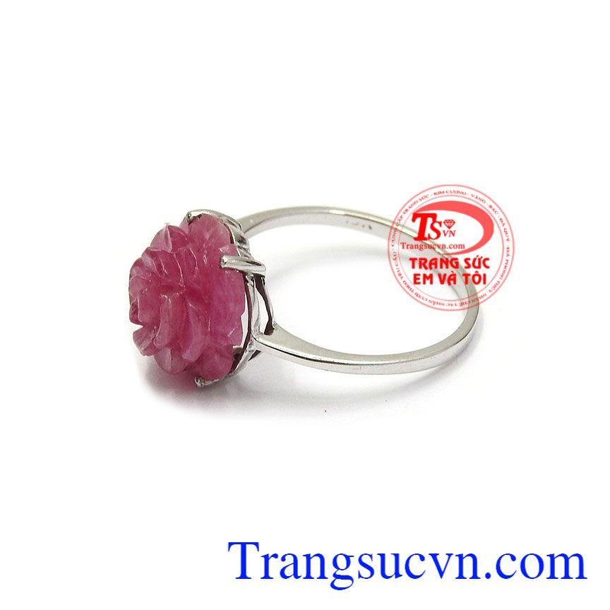 Nhẫn nữ ruby bông hoa chất lượng uy tín, giao hàng nhanh trên toàn quốc