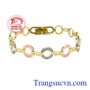 Lắc tay nữ vàng phong cách