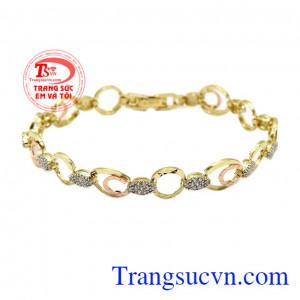 Lắc tay nữ vàng thanh lịch