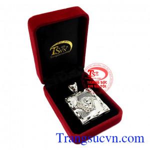 Thích hợp làm quà tặng cho người thân hoặc bạn bè,Mặt dây nam vàng trắng Versace