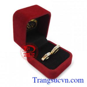 Nhẫn cưới hạnh phúc an yên là tín vật cho tình yêu vĩnh cửu của các cặp đôi