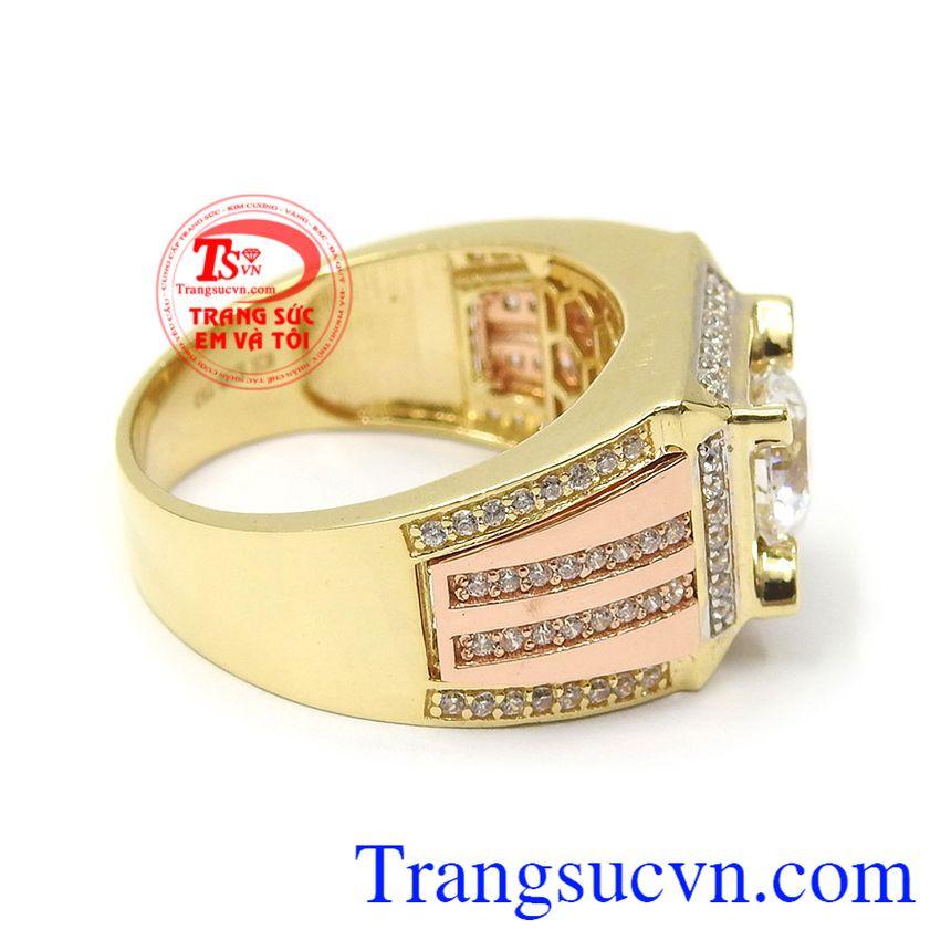 Nhẫn nam vàng tây phong độ mang đến cho người đeo phong cách mạnh mẽ, đẳng cấp và thời trang