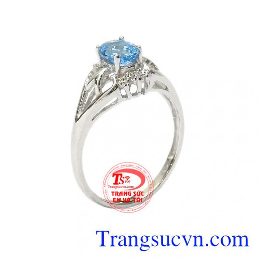 Nhẫn nữ bạc Topaz duyên dáng