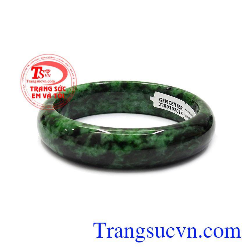Ngọc cẩm thạch hay còn gọi là ngọc Jadeite là một loại ngọc quý thường được các vua quan thời xưa sử dụng. Vòng cẩm thạch bản hẹ cao cấp