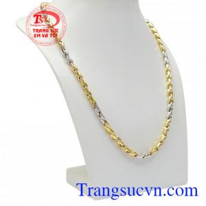 Dây chuyền nam vàng phát lộc vàng mang lại vẻ nam tính, mạnh mẽ cho nam giới.
