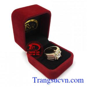 Nhẫn nam vàng tây phong độ là món quà tặng tuyệt vời cho người bạn yêu thương những dịp ý nghĩa