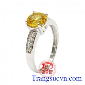 Nhẫn nữ bạc Citrine trang nhã được chế tác từ bạc 92.5 kết hợp cùng đá thạch anh vàng cao cấp,Nhẫn nữ bạc Citrine trang nhã
