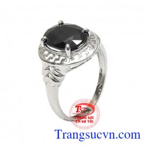 Nhẫn nữ bạc Sapphire cá tính