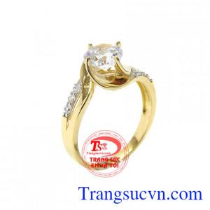 Nhẫn nữ vàng màu lấp lánh