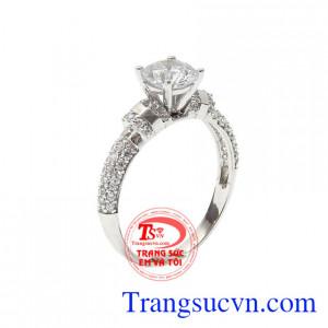 Nhẫn nữ vàng trắng hoàn hảo