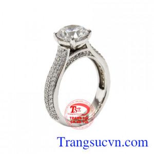 Nhẫn nữ vàng trắng thanh thoát được nhập khẩu từ Korea vàng 10k chất lượng.